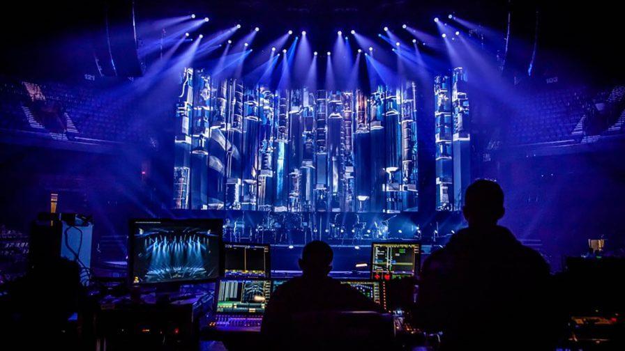 immersive-ltd_Bon-Jovi_Because-We-Can-live-concert-tour_08-896×504