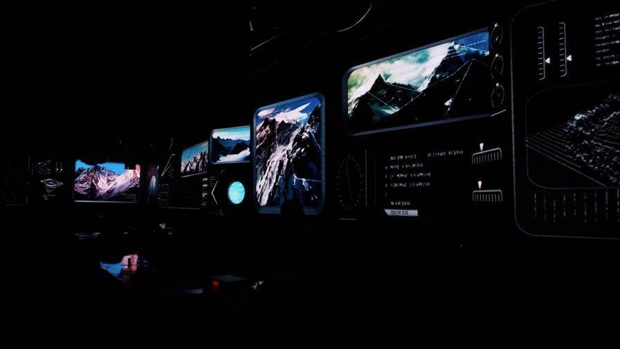 immersive-ltd_LED-video-wall_nightclub-lounge-bar-interior-design_Nan23-896×504