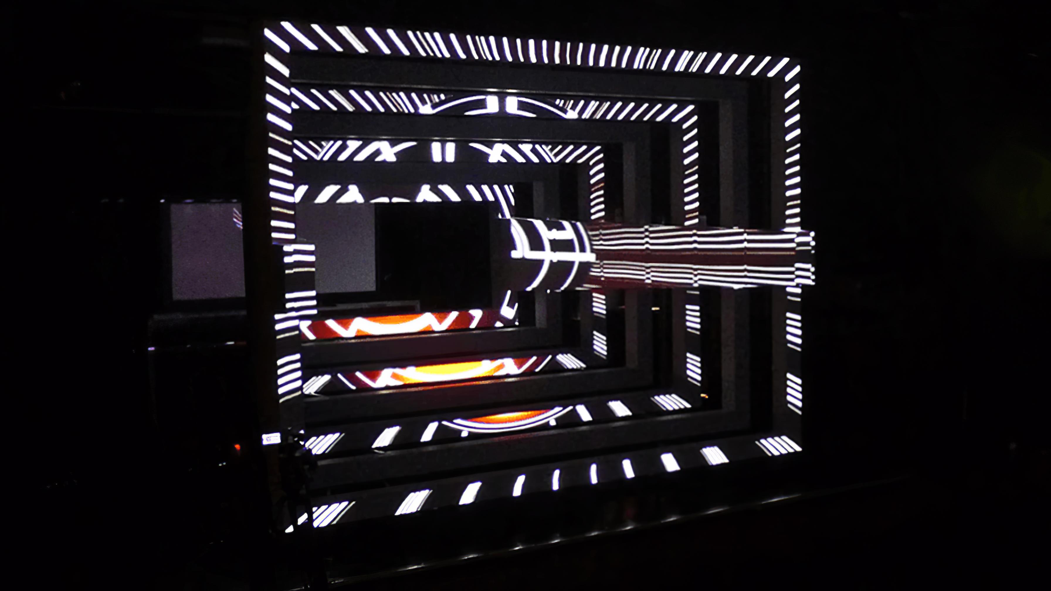 immersive-ltd_Maze_Adam-Beyer-Live-DJ_04-896×504-Gigapixel
