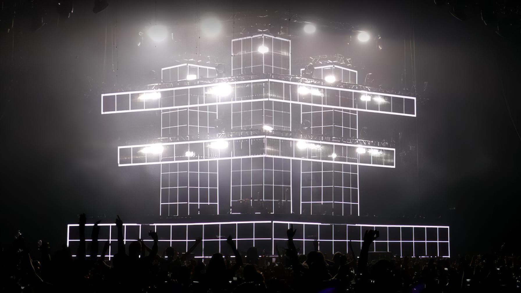 immersive-ltd_tour-visual-stage-design_swedish-house-madia_08-896×504-gigapixel